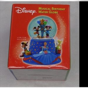 Disney musical water globe new LE